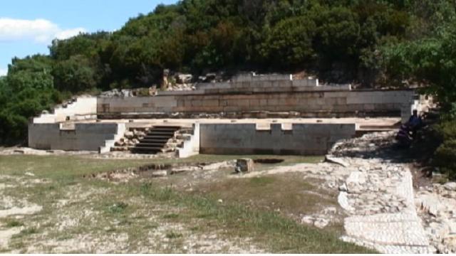 Scoperta la tomba di #aristotele a Stagira
